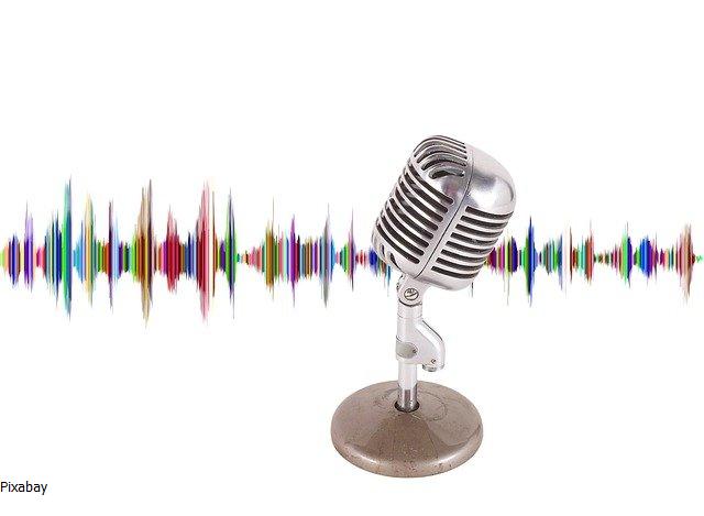Mikrofon hangsávval